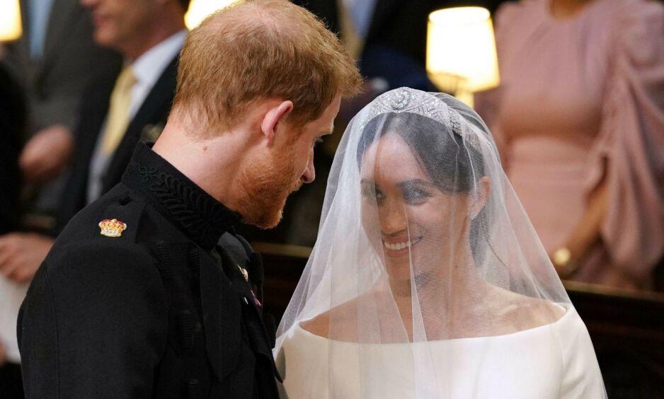 ETT ÅR SIDEN: På denne dagen i fjor, den 19. mai, ga prins Harry og hertuginne Meghan hverandre sine ja. Foto: NTB Scanpix