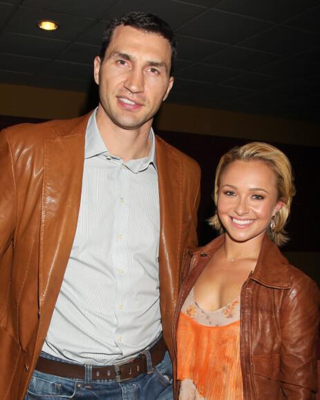 <strong>BRUDD:</strong> Hayden Panettiere og eksen Wladimir Klitschko gikk fra hverandre i fjor, og hun har på nytt funnet lykken. Venner og familie skal imidlertid ikke være begeistret for stjernens nye kjæreste. Her er hun avbildet med eksen i 2015. Foto: NTB Scanpix