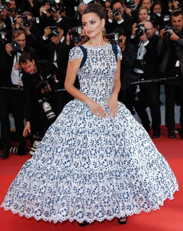 <strong>PENELOPE CRUZ:</strong> Stjernen bar en Chanel-kjole fra Karl Lagerfelds siste kolleksjon for motehuset på «Pain and Glory»-premieren. Foto: NTB scanpix