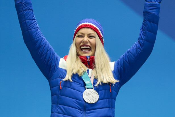 SØLV: Under OL i Pyeongchang fikk Ragnhild Mowinckel sølvmedalje i storslalåm. Foto: NTB Scanpix