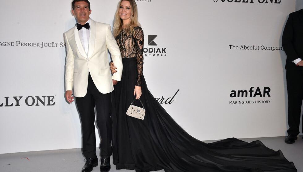 KLASSISK: Antonio Banderas og Nicole Kimpel matchet i sort og hvitt. Foto: NTB Scanpix