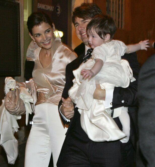 I ITALIA: Her er paret avbildet i Italia sammen med datteren Suri, få dager før bryllupet. Foto: NTB Scanpix