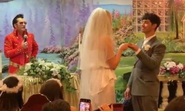 GIFTET SEG: DJ-en Diplo livestreamet bryllupsseremonien. Foto: Diplo / Instagram