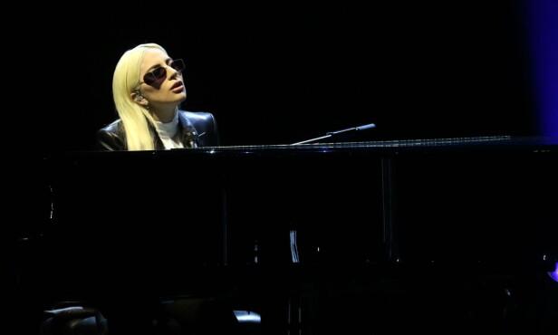 <strong>KONSERT:</strong> Lady Gaga kommenterte bruddet med Christian Carino for første gang under en konsert i helgen. Her avbildet i Las Vegas ved en tidligere anledning. Foto: NTB Scanpix