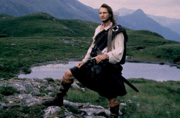 <strong>FOLKEHELT:</strong> Rob Roy er en folkehelt i Skottland og det er skrevet flere bøker og produsert flere filmer om ham. Her er Liam Neeson i rollen i 1995. Foto: NTB Scanpix