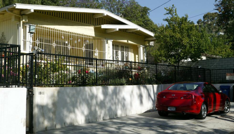 ÅSTEDET: I dette huset ved ved Pinehurst Road i Los Angeles ble Ashley Ellerin frarøvet livet. Hun ble 22 år gammel. Foto: NTB Scanpix