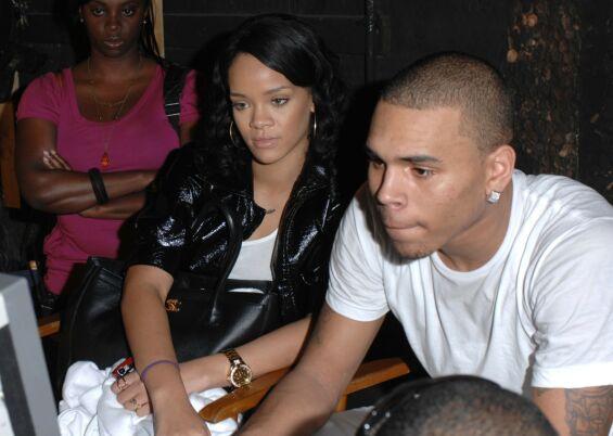 TURBULENT FORHOLD: Rihanna og Chris Brown avbildet sammen i Miami i desember 2007. Foto: REX/ Shutterstock/ NTB scanpix