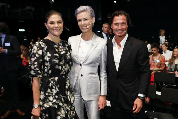 GODE VENNER: Gunhild og Petter med kronprinsesse Victoria av Sverige under fjorårets EAT-konferanse. Kronprinsessen var også til stede i år. Foto: NTB Scanpix