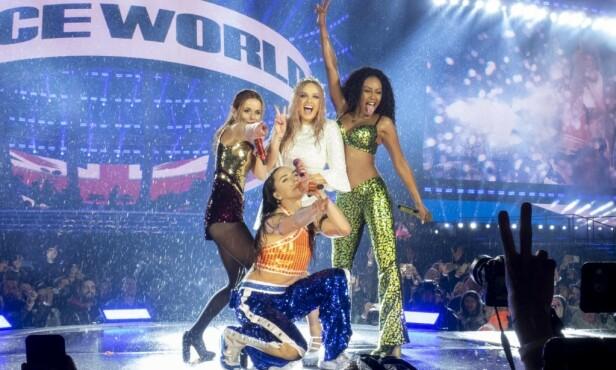 <strong>ENDELIG:</strong> Det er nok mange som har ventet på å se Spice Girls samlet igjen. De siste ukene har de holdt flere konserter. Foto: NTB Scanpix