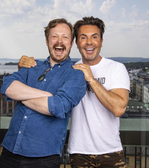 HÅND I HÅND: Jan Thomas og Einar Tørnquist har det siste året blitt nære venner. Neste år vil stylisten ha med kameraten i toget. Foto: Tor Lindseth / Se og Hør