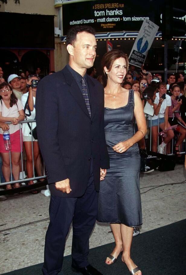 SAVING PRIVATE RYAN: Her er Tom Hanks og kona Rita på premiere i 1998. Foto: NTB Scanpix