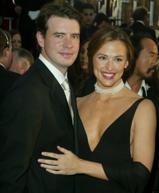 FUNGERTE IKKE: Ekteskapet mellom de to Hollywood-stjernene fikk ingen lykkelig slutt, men det er visstnok ingen dårlig stemning mellom dem. Her er de avbildet i 2003. Foto: NTB Scanpix