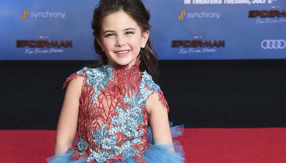 BARNESTJERNE: Lexi Rabe er bare syv år gammel. Denne sommeren er hun likevel å se i to storfilmer, og flere er under produksjon. Men livet som kjendis byr også på utfordringer for den unge stjernen. Foto: NTB Scanpix