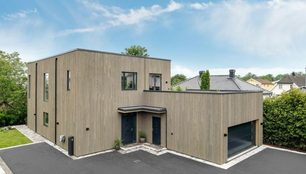 FUNKISVILLA: Ekteparets nye bolig ligger solrikt til på Nøtterøy. Foto: Kristian T. Bollæren / Z-eiendom