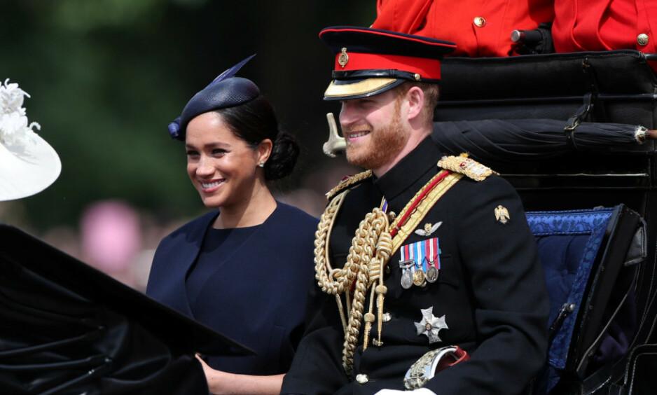 KLARE FOR DÅP: Det har vært mye hemmelighold rundt den kommende dåpen til hertugparet av Sussex sin sønn, Archie. Nå kommer det frem at den lille hjerteknuserens faddere vil holdes skjult. Foto: NTB Scanpix