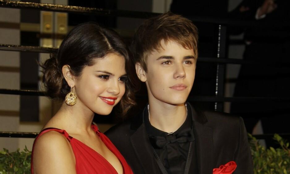 EKSEN: Bieber skal angivelig ha sendt en rekke meldinger til ekskjæresten Selena Gomez den siste tiden. Her var de to sammen i 2011. Foto: NTB Scanpix