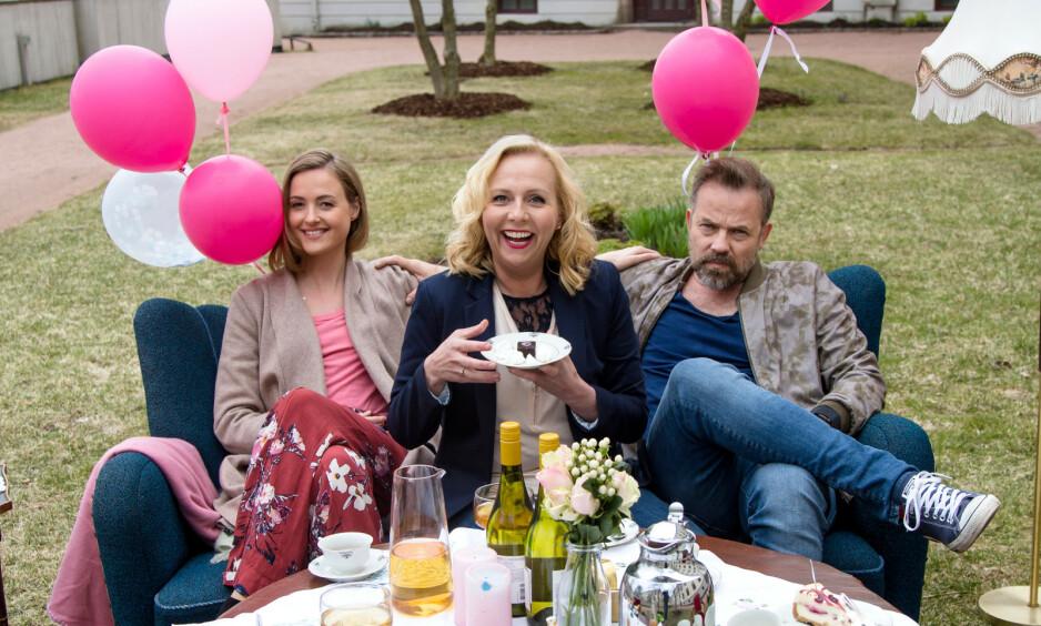 BLE MAMMA: Renate Reinsve deler selv den glade babynyheten i sosiale medier. De siste årene har hun gjort stor suksess i «Best før». Foto: TV 2