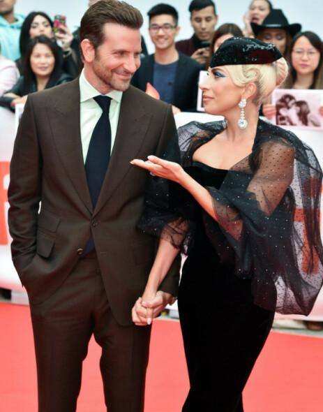 BRUDD FOR BEGGE: Mange lurer på om Lady Gaga og Bradley Cooper har en flørt på gang - etter at begge ble single nesten samtidig. Foto: NTB Scanpix