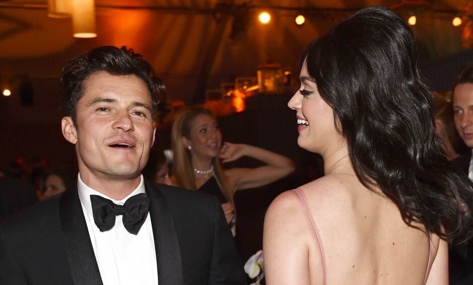 <strong>FORLOVET:</strong> Orlando Bloom og Katy Perry ble forlovet på selveste valentinsdagen i år - og nå står bryllup for tur. Her er de sammen under Golden Globes i 2016. Foto: NTB Scanpix