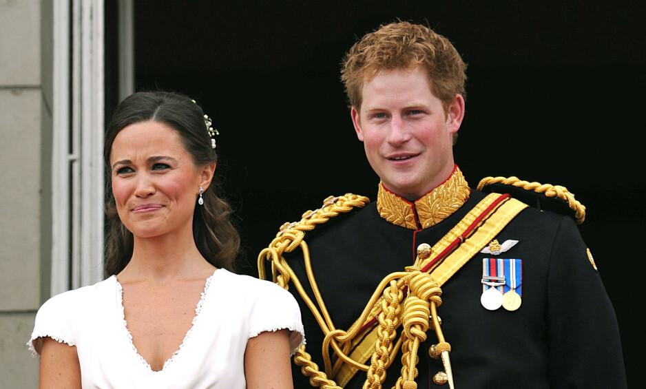 FORLOVERE: Da prins William og hertuginne Kate giftet seg i 2011, var prins Harry og Pippa Middleton forlovere på hver sin kant - noe som også bidro til spekulasjoner om at de to hadde noe på gang. Foto: NTB Scanpix