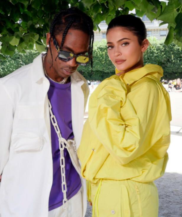 KJÆRESTEN: Kylie Jenner har de siste årene vært sammen med rapperen Travis Scott. Foto: NTB Scanpix