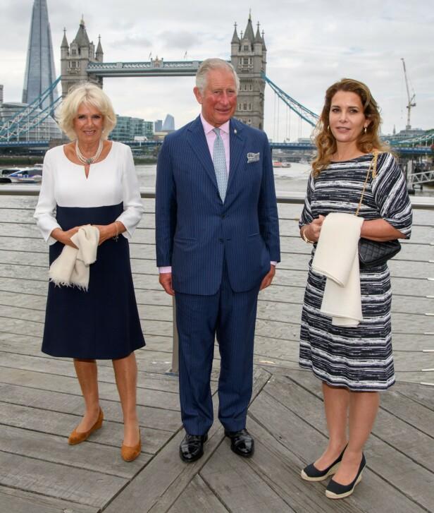 <strong>I GODT SELSKAP:</strong> Prinsesse Haya bint al-Hussein (45) har mange rojale venner - deriblant hertuginne Camilla og prins Charles av Storbritannia. Foto: NTB Scanpix