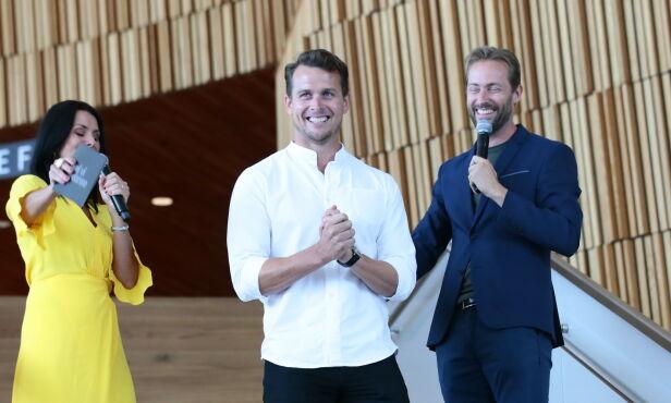 SVØMMER: Aleksander Hetland bytter ut badehetta med dansesko. Foto: NTB Scanpix