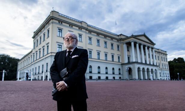 HELT UNIK: Sjefredaktør i TV 2, Olav Sandnes, beskriver Kjell Arne Totland som helt unik med sin enorme kunnskap om kongelige i Norge og resten av Europa. Foto: NTB Scanpix
