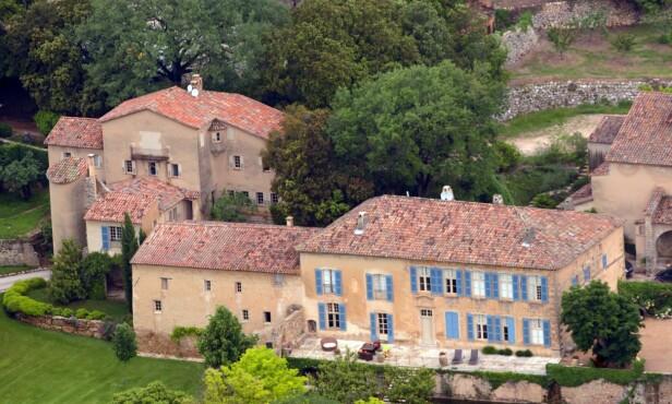 BRADS DRØMMEPROSJEKT: Det franske slottet Château Miraval har angivelig en verdig på 60 millioner dollar. Her er eiendommen fotografert i 2008. Foto: NTB Scanpix