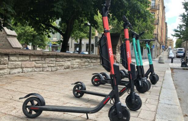 POPULÆRT: Elsparkesyklene har blitt stadig mer populære den siste tiden, og i flere storbyer verden over blir de flittig brukt som framkomstmiddel. Foto: NTB Scanpix