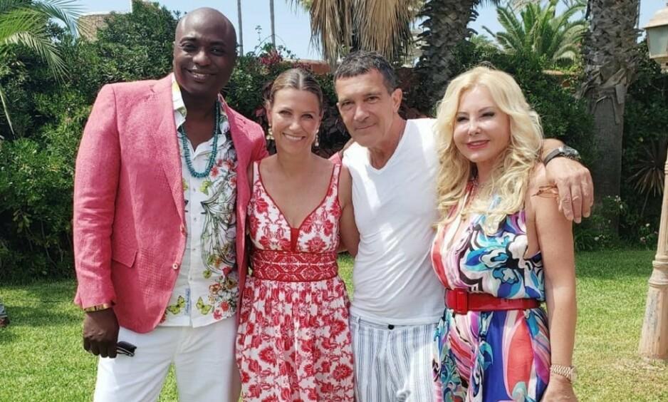 KJENT GJENG: Durek Verrett og prinsesse Märtha Louise møtte denne uka Hollywood-stjernen Antonio Banderas. Her poserer de også med Monika Bacardi, som er med på å arrangere veldedighetsgallaen. Foto: Durek Verrett / Instagram