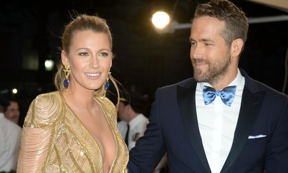 EMOSJONELL VERDI: Det ser ut til at Hollywood-stjernen Ryan Reynolds har skutt gullfuglen. Onsdag delte han nemlig med følgerne sine hva han hadde fått i gave fra kona, noe han beskrev som den beste gaven han noensinne har fått. Foto: NTB Scanpix