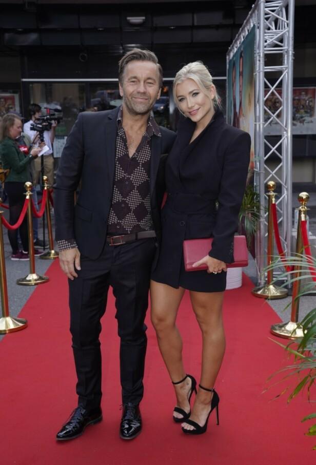 <strong>STILIGE:</strong> Manager David Eriksen og kjæresten Hedvig Sophie Glestad var også på plass. Foto: Espen Solli/ Se og Hør