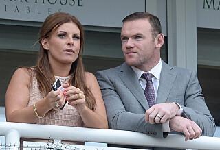 Wayne Rooney observert med mystisk brunette
