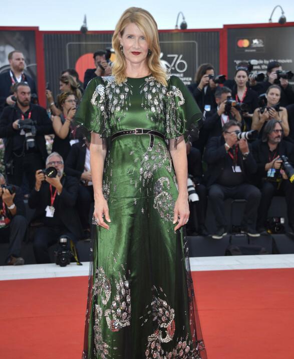 LAURA DERN: Her i en spesiallaget Gucci-kjole. Foto: NTB Scanpix