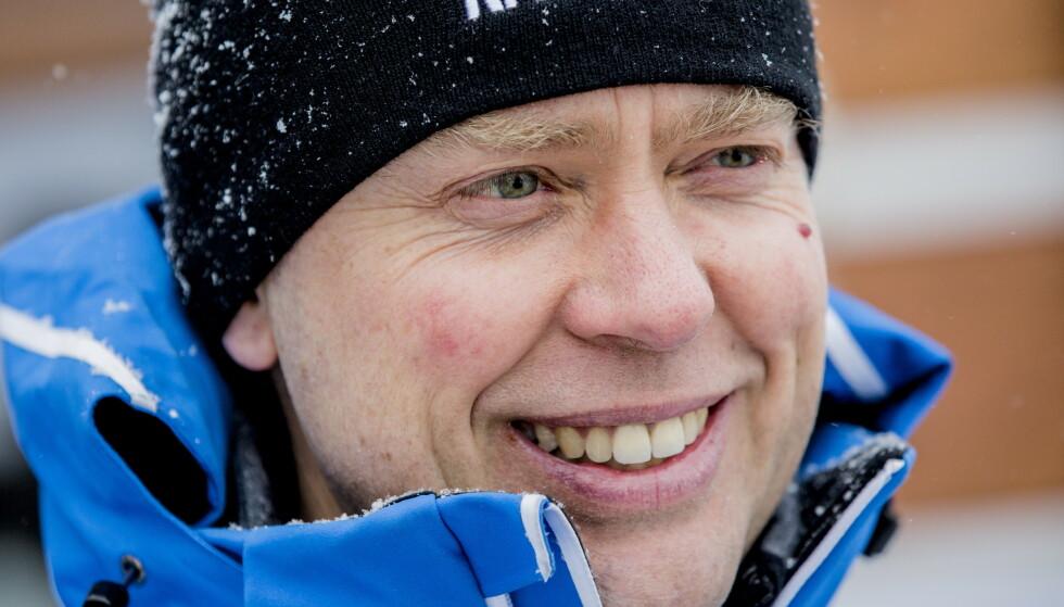 <strong>HYLLET AV KOLLEGER:</strong> Halvard Hanevold betydde mye for mange. Etter at han la opp, jobbet den tidligere skiskytteren blant annet som ekspertkommentator i NRK. Foto: NTB Scanpix