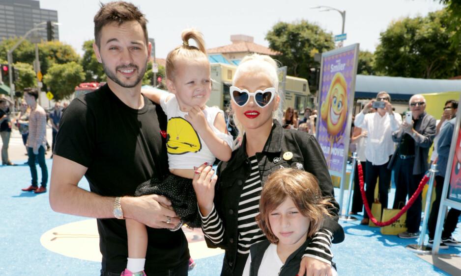 <strong>FORLOVET:</strong> I ni år har Christina Aguilera vært sammen med Matthew Rutler - som også er far til hennes yngste barn. De fem siste årene har duoen også vært forlovet, men de har fremdeles til gode å gifte seg. Foto: NTB Scanpix