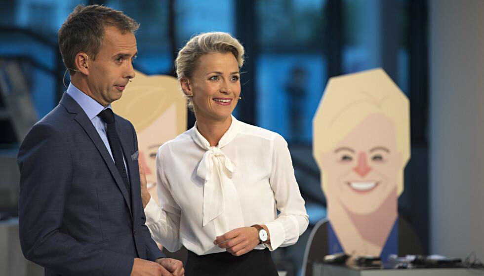 KJENT FJES: Ingunn Solheim har ledet en rekke sendinger på NRK. Her under en partilederdebatt i 2017 sammen med Jarle Roheim Håkonsen. Foto: NTB Scanpix