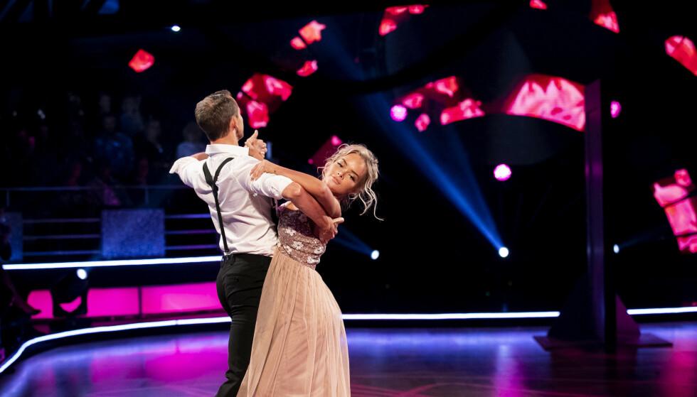 TILBAKE PÅ PARKETTEN: Sophie Elise Isachsen valgte i fjor å trekke seg fra «Skal vi danse», der hun danset med Benjamin Jayakoddy. Nå gjør hun comeback. Foto: TV 2/ NTB Scanpix