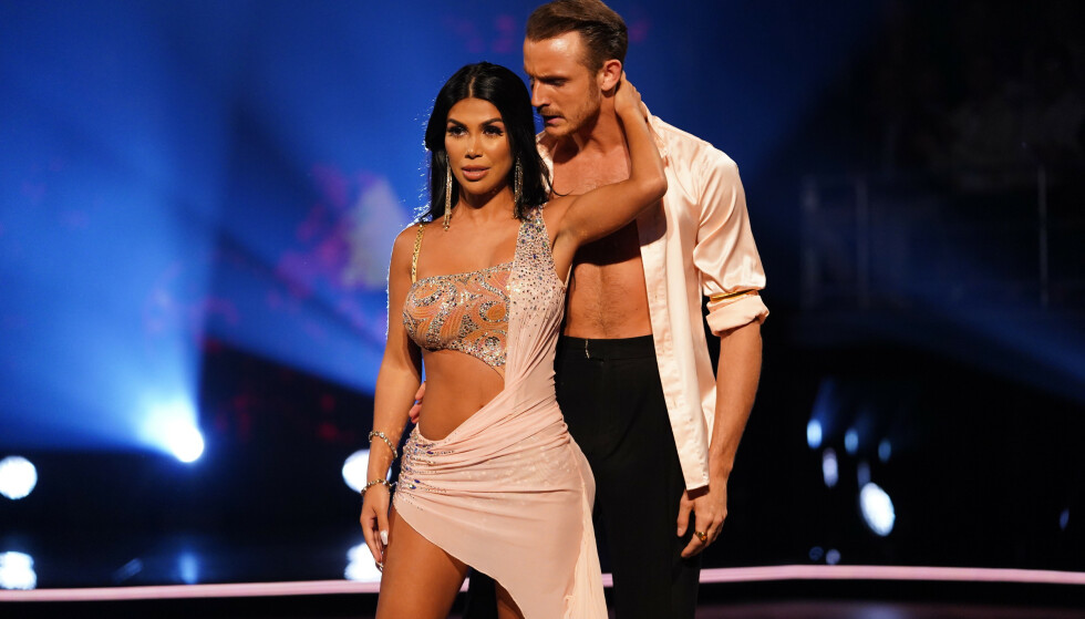 DANSER SAMMEN: I år er det en annen blogger, Isabel Raad, som danser med Benjamin Jayakoddy i «Skal vi danse». Foto: TV 2/ NTB scanpix