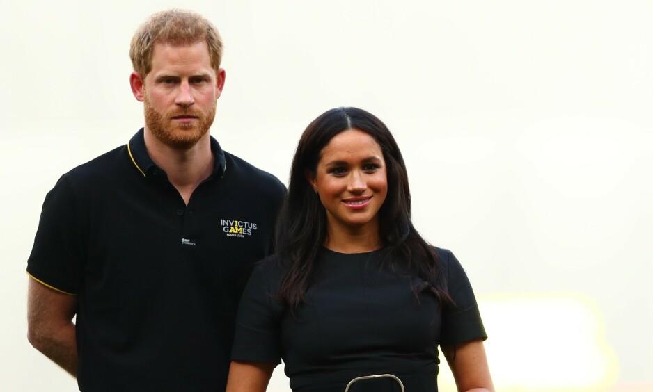 KLAGDE: Etter at BBC publiserte et bilde av prins Harry fra en nynazistisk gruppe, leverte prinsen inn en klage. Nå beklager BBC. Foto: NTB Scanpix