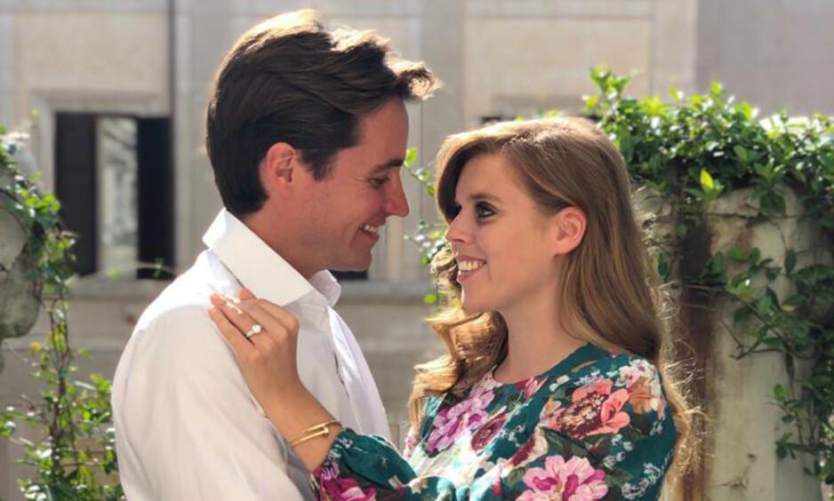 <strong>FORLOVET:</strong> Prinsesse Beatrice og Edorado Mapelli Mozzi har forlovet seg etter ett år som kjærester. Foto: Prinsesse Eugenie/ Reuters/ NTB Scanpix