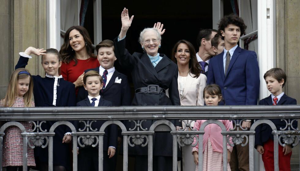 <strong>BARNEBARN:</strong> Her er dronning Margrethe avbildet på sin 78 årsdag i 2018 med flere av barnebarna sine. Foto: Mads Claus Rasmussen / NTB scanpix