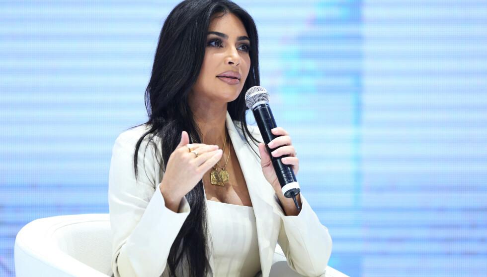 FORRETNINGSKVINNE: Kim Kardashian har oppnådd stor suksess med både sminke og shape-wear, noe hun snakket om under besøket i Armenia. Foto: NTB Scanpix
