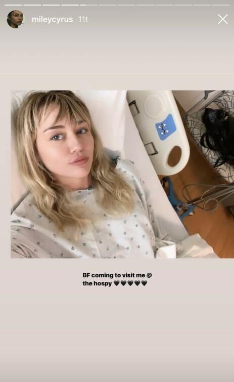 INNLAGT: Miley Cyrus er innlagt på sykehuset etter å ha fått påvist tonsillitt. Foto: Instagram/Miley Cyrus