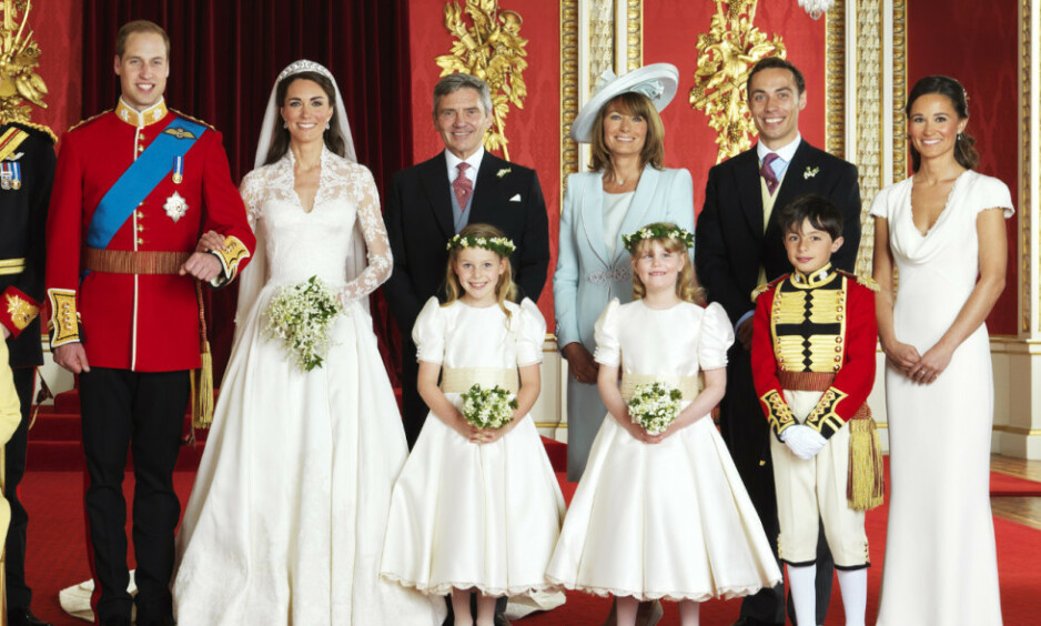 STILTE OPP: Da Kates yngste bror, James Middleton (nummer to øverst fra venstre) ble rammet av en tung depresjon, ble hele Middleton-familien med på terapi. Foto: NTB Scanpix