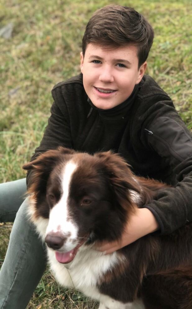 SE - SÅ STOR: Prins Christian har fylt 14 år, og skal konfirmeres til neste år. Foto: H.K.H. Kronprinsessen / Det danske kongehus