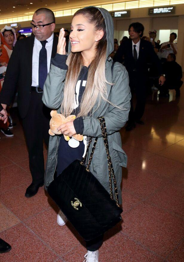 BRØT LOVEN: Ariana Grande er saksøkt av samme fotograf som Justin Bieber etter å ha publisert bilder hun ikke hadde rettighet til. Foto: NTB Scanpix
