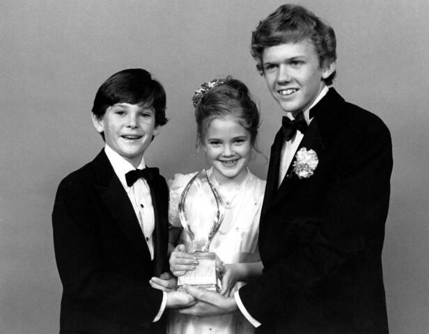 STJERNELAG: Henry Thomas (t.v.) spilte med blant andre Drew Barrymore og Robert MacNaughton i den superpopulære filmen fra 1982. Foto: NTB Scanpix