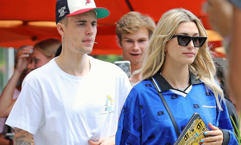 <strong>KRAVSTOR:</strong> Popstjernen Justin Bieber jobber med nytt album, men har tilsynelatende ikke hastverk - i hvert fall ikke hvis fansen ikke leverer på Instagram. Her sammen med kona Hailey i Beverly Hills. Foto: Splash News/ NTB scanpix